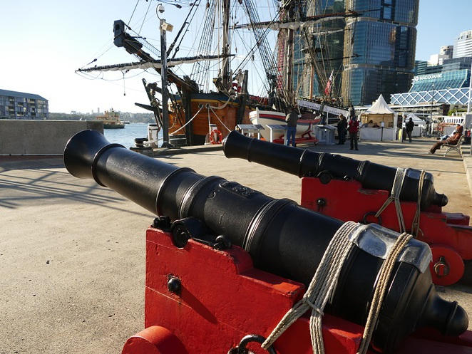 Ships canons