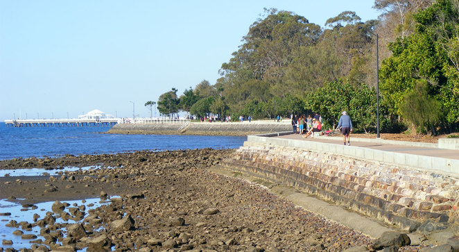 The walk continues along the foreshore towards Sandgate