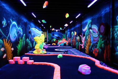 Glowgolf MiniGolf Dark Unique Victoria Australia Open Late Birthdays Bucks Hens Holidays Romantic Groups Having Fun Corporate Teambuilding Teamwork Christams Golfing Parties Schools Youth Miniature Golf Couples