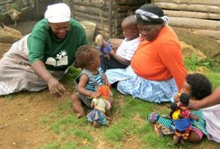 Dolls making new friends (pic Uthando Project)