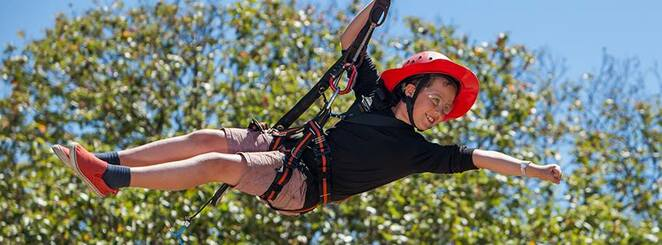 Coast Club Gold Coast, Easter School Holiday Adventures, healthy outdoor activities, Tallebudgera Leisure Centre, different selection of adventures, kayaking, giant swing, stand-up paddle boarding, surfing, high ropes, quick drops, team rescue, archery, abseiling, straight up, canoeing, fencing, indoor rock climbing, swimming pool open to public, boisterous adventures, whole family
