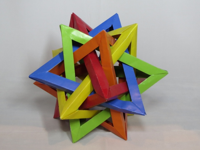 Five Intersecting Tetrahedra, Origami
