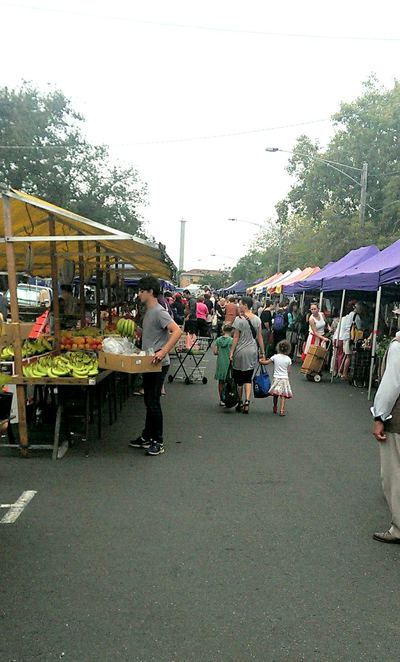 Gleadell Street Market has fresh food stalls for your favorite fruit and vegetables at an affordable price.