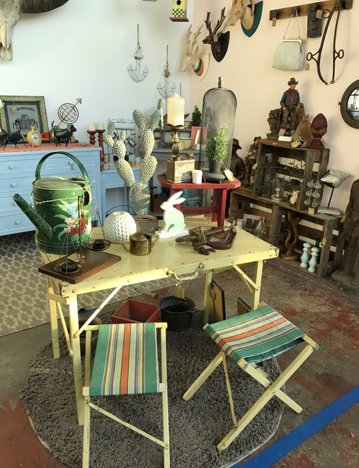 hunted antiques and collectables, retro, quirky finds, indoor market, warehouse, rare finds, shoppers paradise