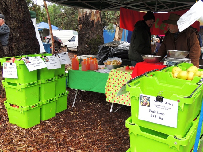 market in adelaide, markets in adelaide, fullarton rd, about adelaide, farmers markets, fullarton market, apples and pears