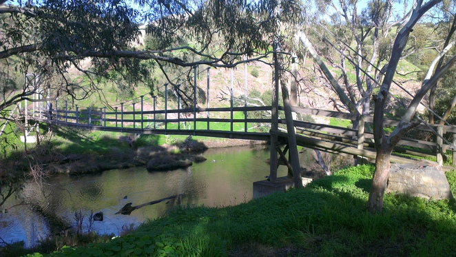 onkaparinga river, swing bridge, onkaparinga river national park, old noarlunga