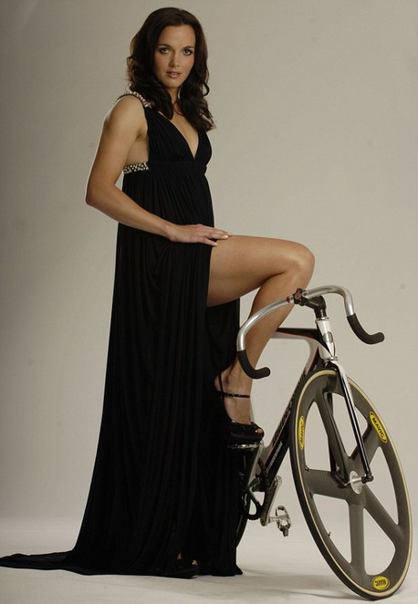 victoria pendelton, sexy cycling legs, track cycling, ladies track, velodrome, midvale, speed dome