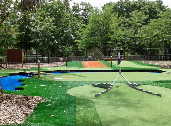 yarralumla play station, mini golf, canberra, ACT, weston park,