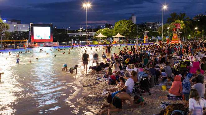 christmas movies in the park, outdoor movies brisbane, christmas cinema series, south bank christmas movies, streets beach christmas movies, free christmas movies brisbane, movies in the park, south bank christmas fireworks, family Christmas events brisbane, christmas beach cinema