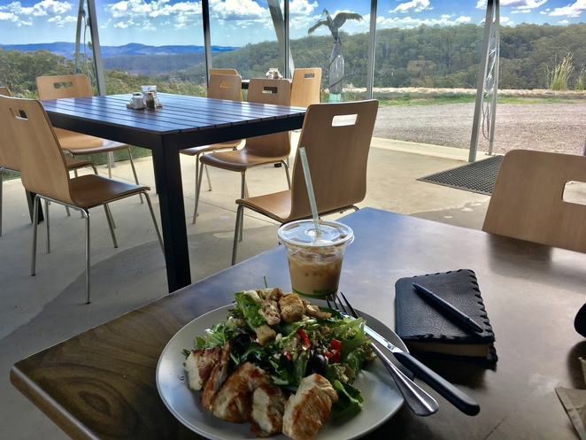 Lunch at the Local Nomad Cafe, Blue Mountains cafe with a view, Jade Jackson Photography, Mediterranean Salad, cold brew coffee, Cassiopeia Coffee