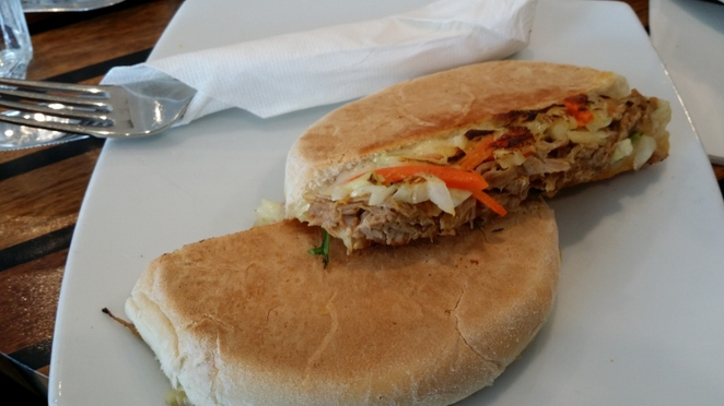 Muratti Cakes & Gateaux, Pulled Pork and Fennel Bun, Adelaide