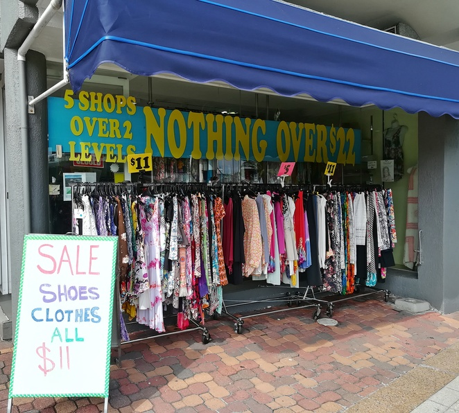 nothing over $22 shop, nelson bay, shoal bay, things to do at nelson bay foreshore, shops, clothes, womens clothes, children's clothes, resort wear, cheap clothes, NSW, port stephens,