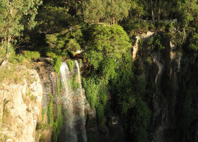 Queen Mary Falls in the late afternoon