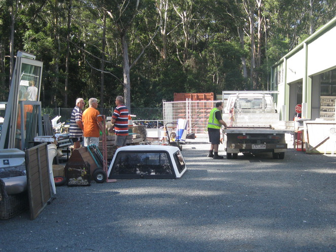 recycle, sunshine coast, market, council, recovery centre
