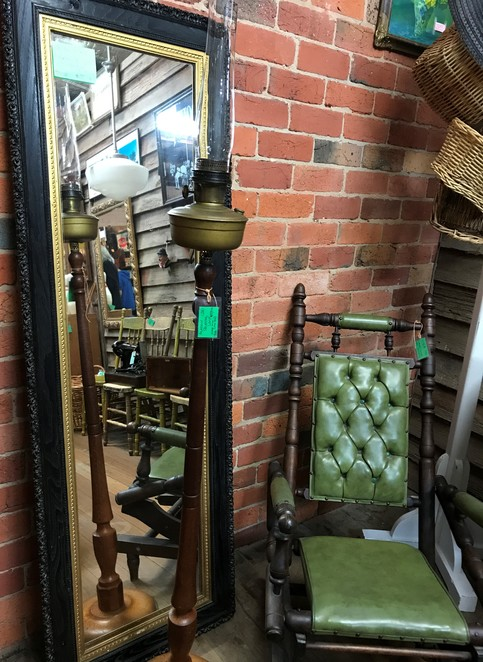 yarra valley antique centre, yarra glen, vintage, antiques, rare finds, retro, second hand, rustic, jewellery, shopping