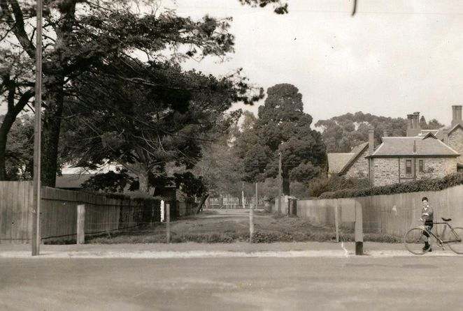 about adelaide, history of adelaide, south australia, south terrace, lovers lane, st johns lane, state library, sa