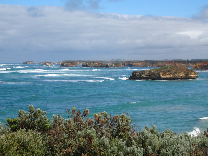 bay of martyrs, great ocean road, victoria, australia, tourism, travel, road trip