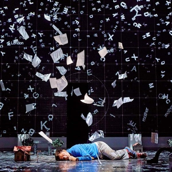 Curious,incident,of,dog,in,night