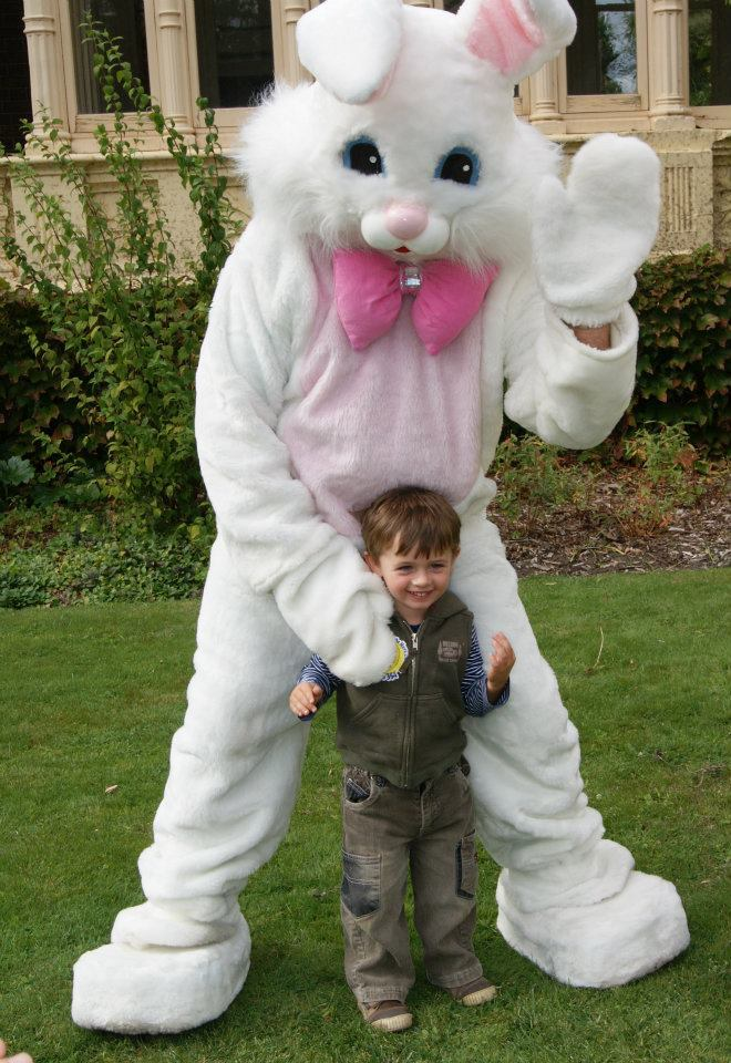 Easter fun day at rippon lea melbourne large image negle Images