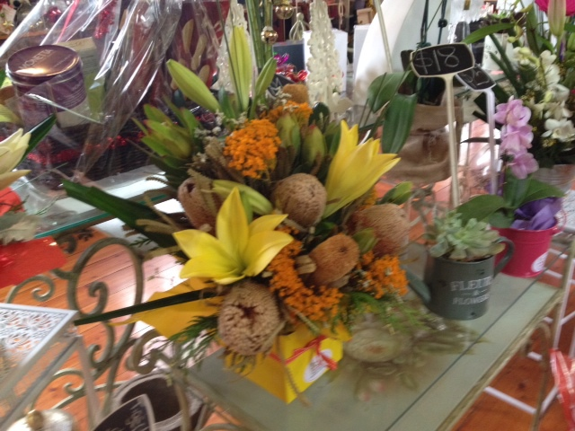 florist, gifts, corporate designs, flower arrangements, balloons, chocolates, Plenty
