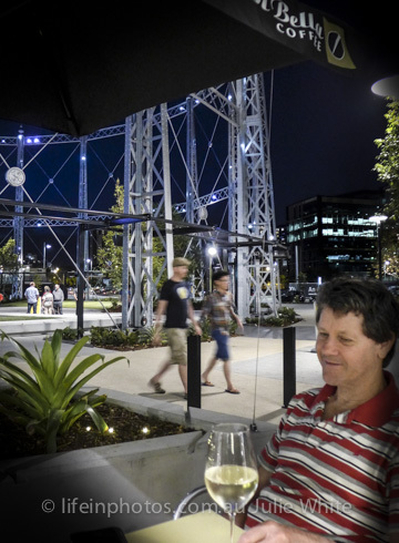 Gasworks, Buzz Bar, light show, Brisbane by Night, Newstead, Gasworks Plaza,