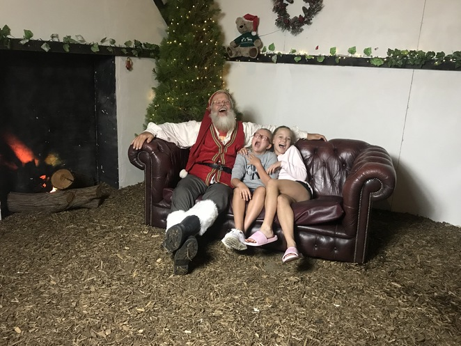 santa's enchanted wardrobe, perth christmas events, things to do in December, perth events 2018, unusual things to do, theatre in perth, shows in perth 2018, narnia