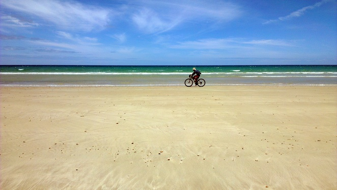 sellicks beach, fleurieu peninsula, south australia, beach, summer, bicycle, cycling