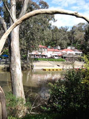 Studley Park Boathouse, Yarra River (c) JP Mundy