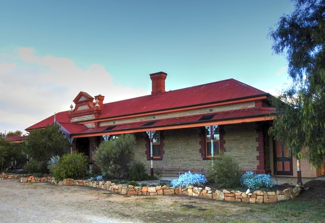 Abandoned Railway Stations, Abandoned Railway Station, flinders ranges, railway station, ghost town, trains, peterborough, railway line, abandoned, black rock hotel