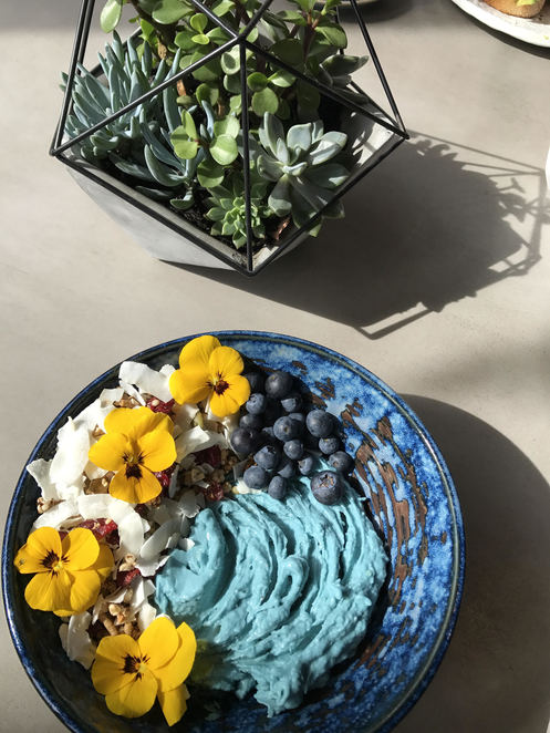 Blue Majik Smoothie bowl at Concrete Jungle Cafe Chippendale