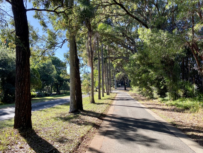 Follow the shady pathways or Main Beach to complete your circumnavigation of Coochiemudlo Island