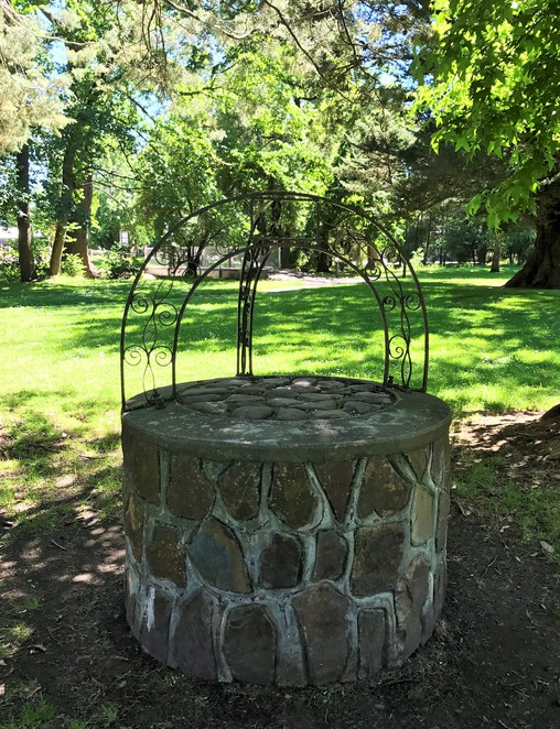Healesville Queens Park Wishing Well Family Fun Day Trip