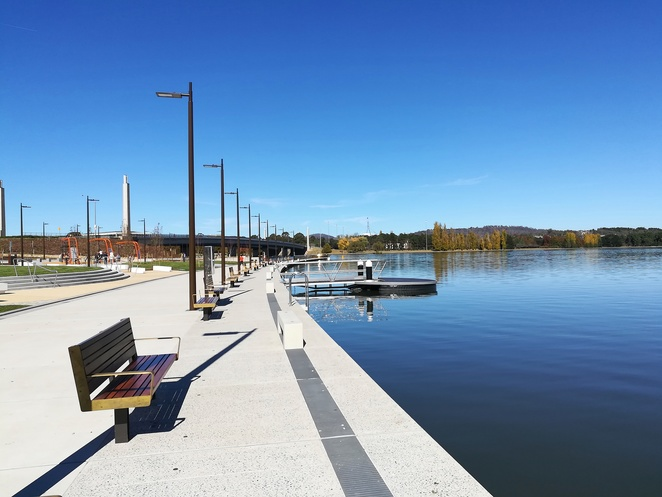 henry rolland park, canberra, ACT, parks, lake burley griffin, board walk, new park, exercise equipment, BBQ areas,