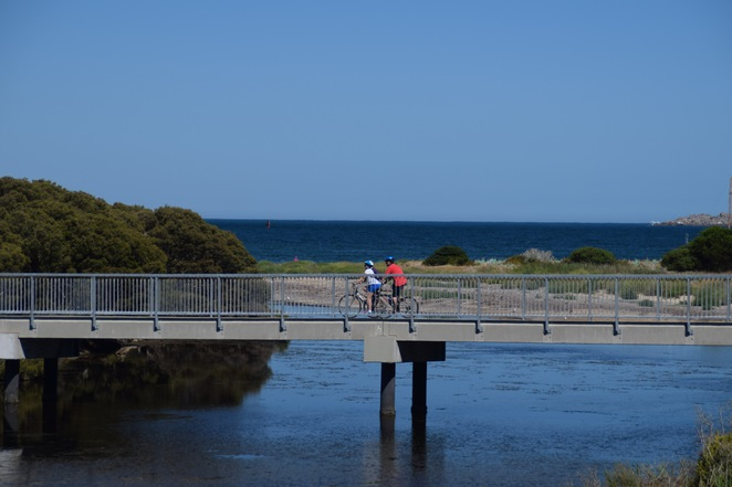 Inman River Walk, Horse Drawn Tram, Things to do in Victor Harbor, Henry Inman, Victor Harbor Cemetery, Barker Reserve, Encounter Bikeway