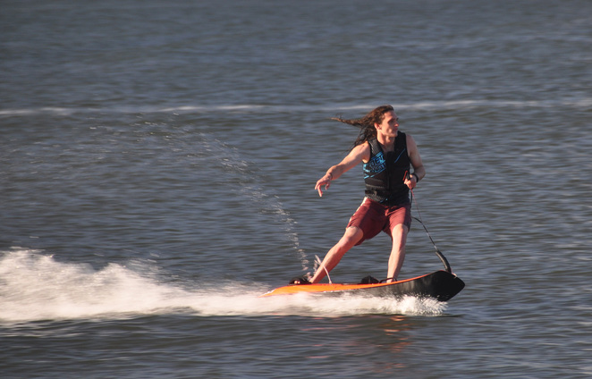 Jetsurfing in Perth on the Swan River