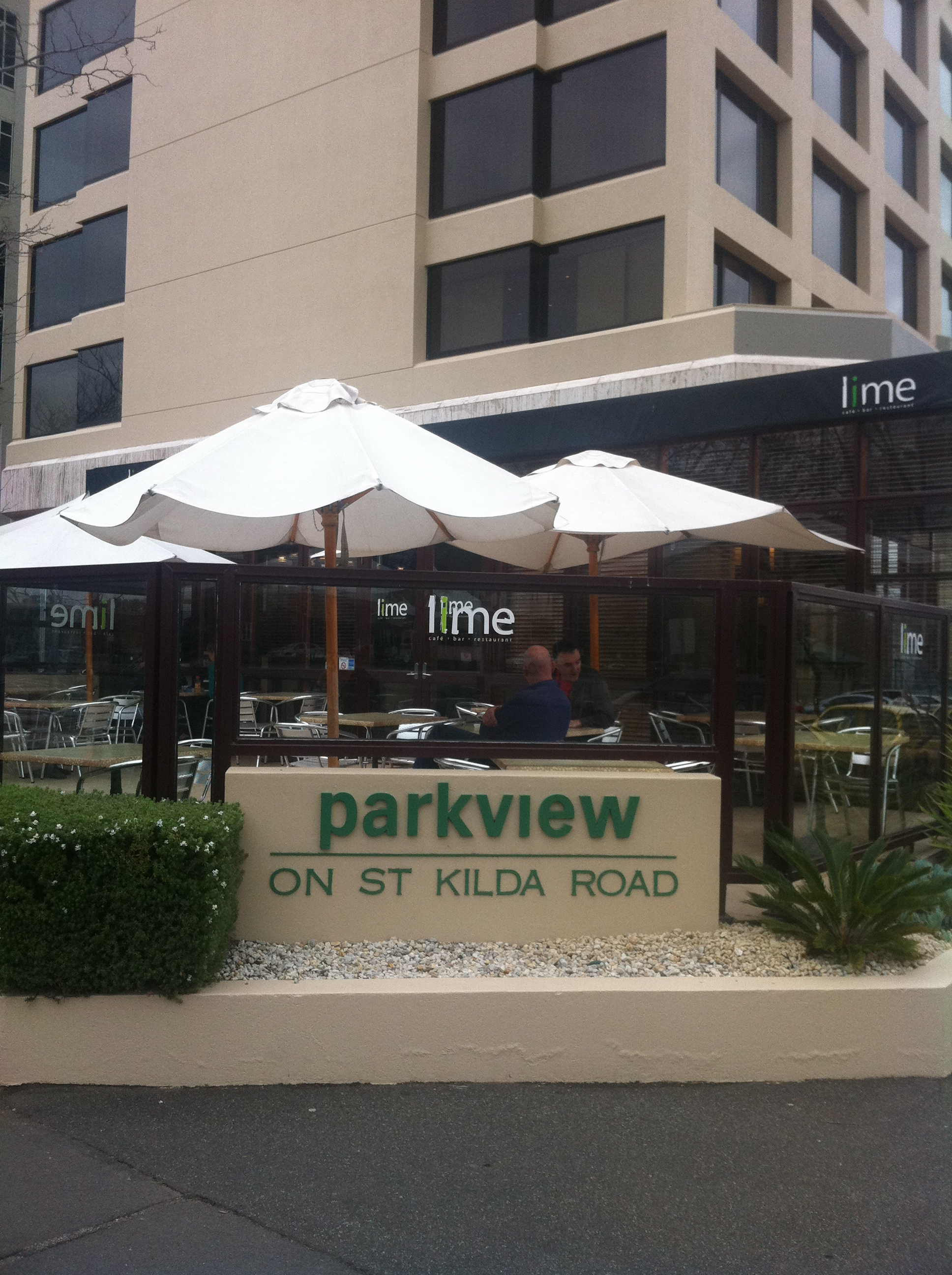 parkview hotel st kilda road melbourne. Black Bedroom Furniture Sets. Home Design Ideas