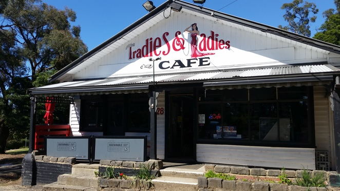 5 star Tradies and Ladies Cafe
