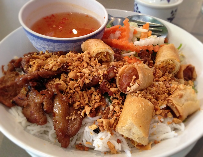 Bun Cha Gio V Thit Nuong, vietnam house, canberra, woden, westfield shopping centre, vietnamese restaurants, takeaway, lunch, dinner,
