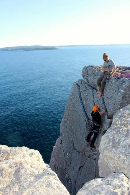 canberra adventure company, canberra, abseiling, rock climbing, boulder climbing, ACT,