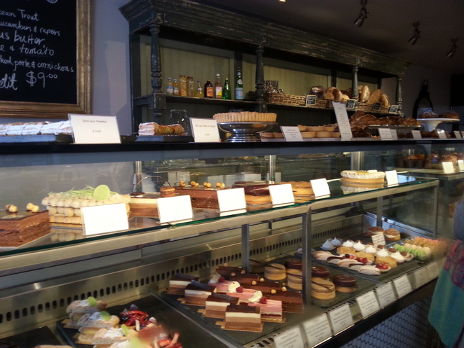 chouquette, patisserie, french, cafe
