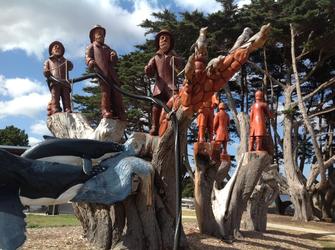 Eddie Freeman carvings, Windmill Point