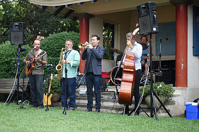 Eryldene House, Jazz at Eryldene with The Moods, Twilight Jazz at Eryldene, Gardens
