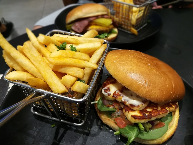 haloumi burger, rashays, canberra, ACT, woden, lunch, anytime burgers, lunch, dinner, breakfast, franchise, burgers,