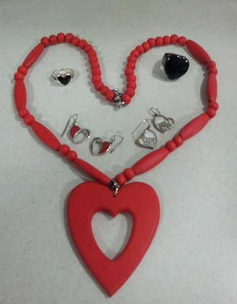 I Heart Jewellery,May Cross, valentines-day-jewellery-wirework-reverse-garbage