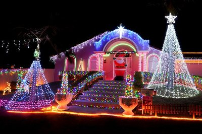 4KQ Christmas Lights Competition and Tours - Brisbane - by Debra Lidster