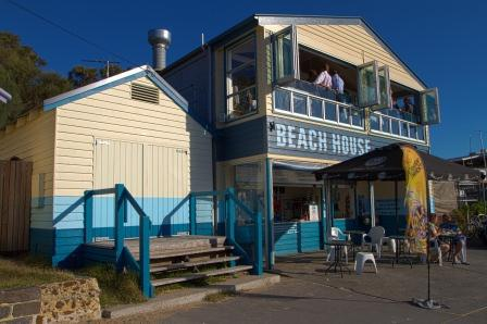cerberus beach house, half moon bay  melbourne, Beach House/