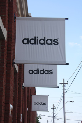 adidas factory outlet melb