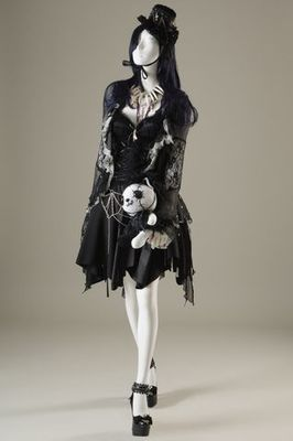h.NAOTO. Gothic Lolita dress ensemble, autumn/winter 2008-09, Japan.