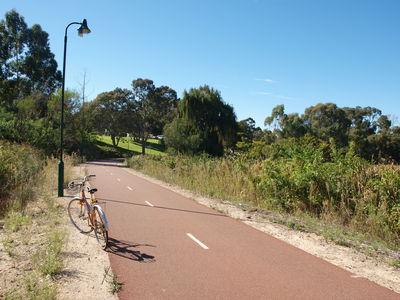 The path just north of Banks Reserve.