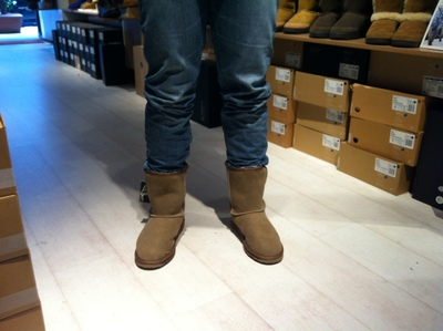 Warm and comfortable uggs; Emu Australia Stinger Lo ugg boots